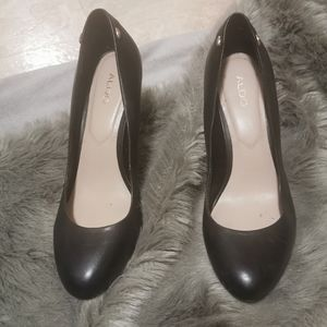 Leather aldo high heel shoes size 6.5